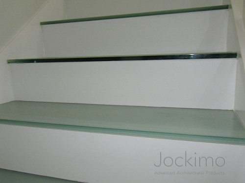 hbresidence glassflooring close2